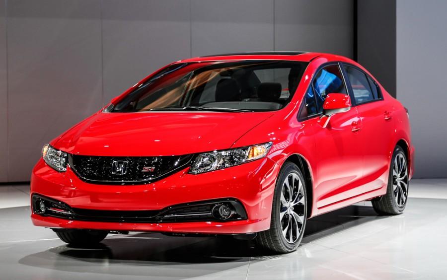 Honda Civic Si седан 4-дв., 2013–2016, 9 поколение [рестайлинг] - отзывы, фото и характеристики на Car.ru