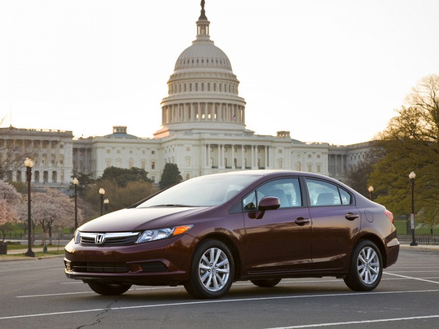Honda Civic US-spec седан 4-дв., 2012–2016, 9 поколение - отзывы, фото и характеристики на Car.ru