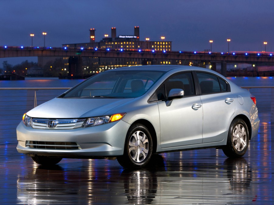 Honda Civic Hybrid седан 4-дв., 2012–2016, 9 поколение - отзывы, фото и характеристики на Car.ru