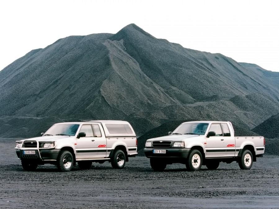Mazda B-Series Cab Plus пикап 2-дв., 4 поколение - отзывы, фото и характеристики на Car.ru