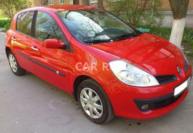 Renault Clio, Азов