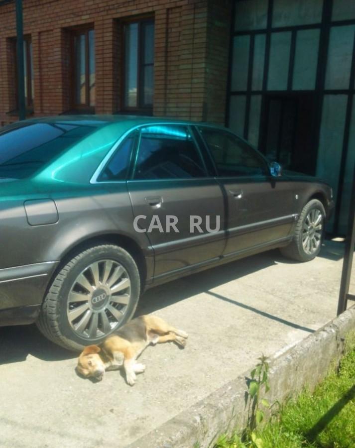 Audi A8, Алагир