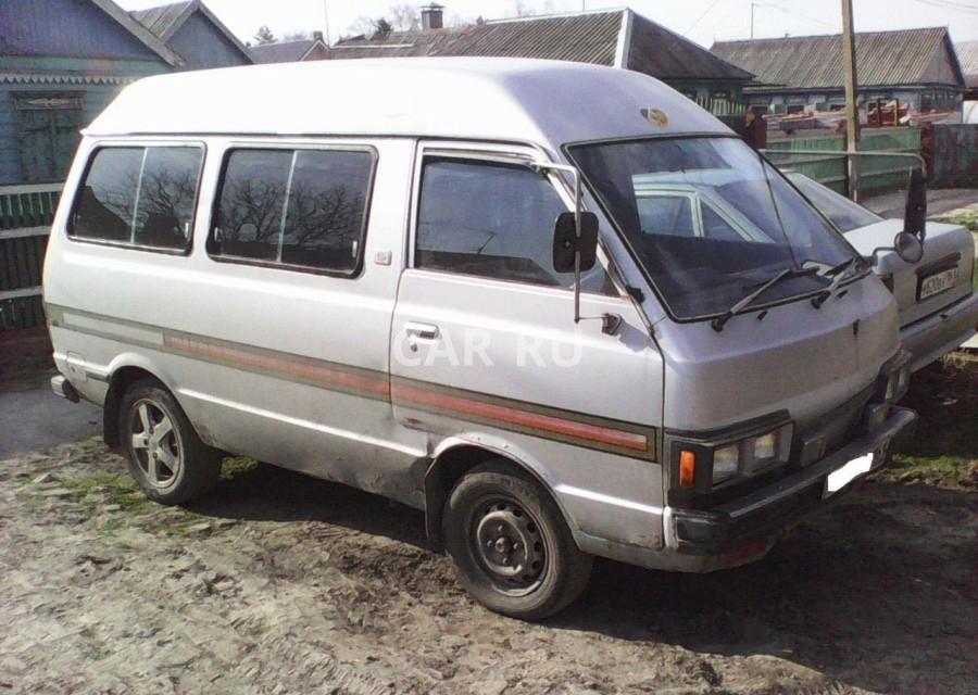 Nissan Vanette, Азов