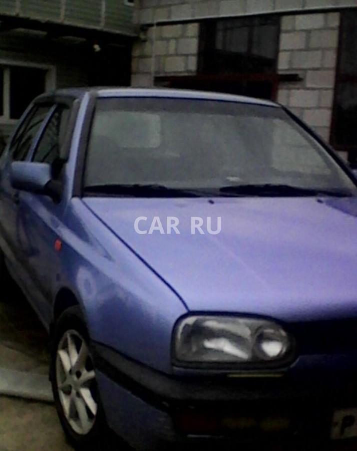 Volkswagen Golf, Азов