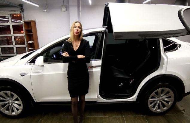 Tesla Model X — электрический кроссовер. За ЧТО ПЛАТИТЬ 16 МИЛЛИОНОВ? Обзор Лиса Рулит.