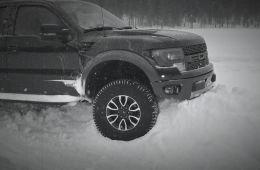 В рекламе такого не увидишь. Пикап Ford Raptor не выдержал!!! Кто следующий?