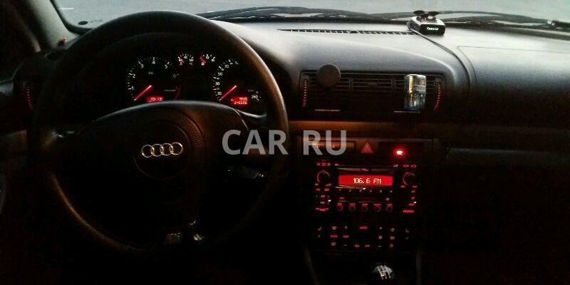 Audi A4, Азов
