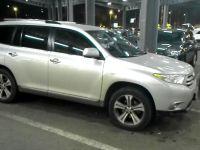 Toyota Highlander, 2012 г. в городе Казань