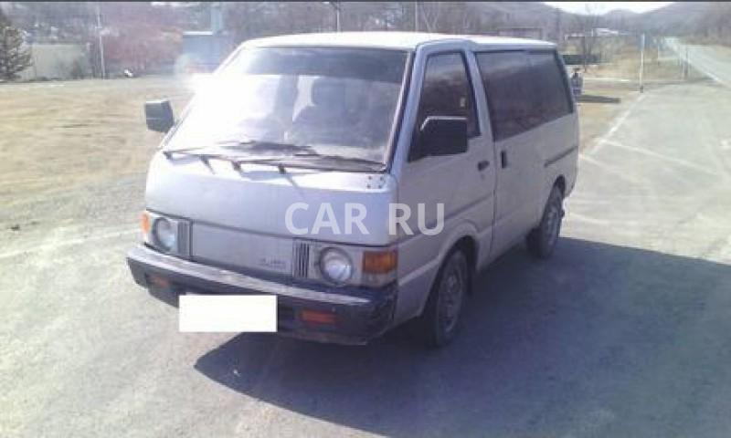 Nissan Vanette, Артём