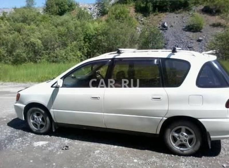 Toyota Ipsum, Абакан