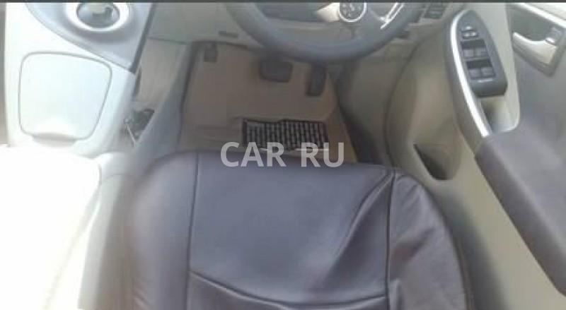Toyota Prius, Артём