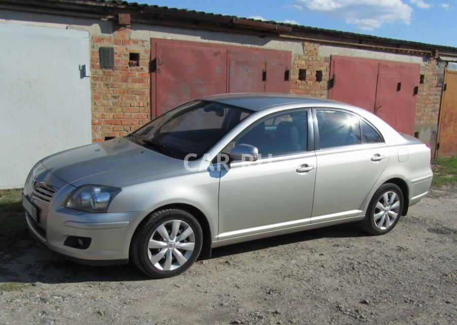 Toyota Avensis, Азов