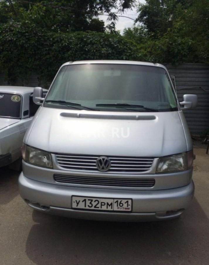 Volkswagen Transporter, Азов