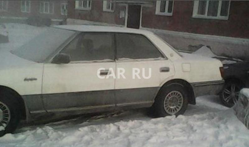 Toyota Crown, Белово