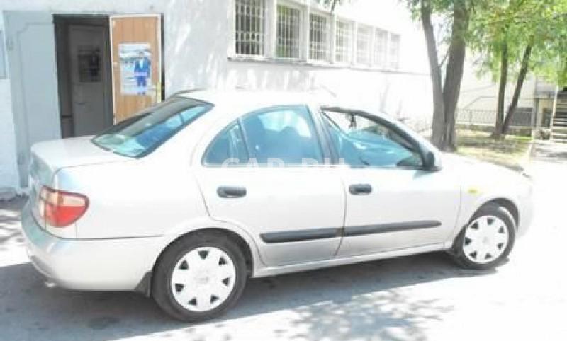 Nissan Almera, Алушта