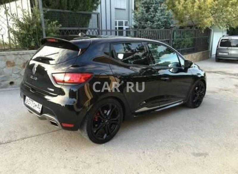 Renault Clio, Алушта