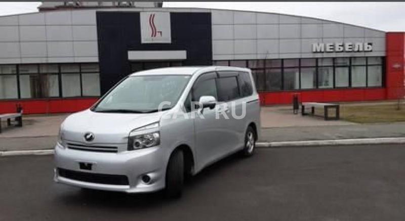Toyota Voxy, Абакан