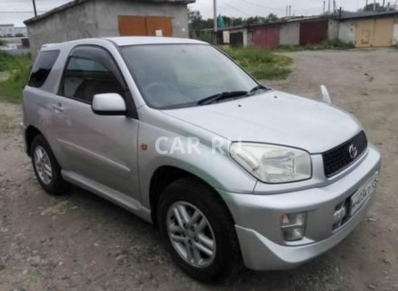 Toyota RAV4, Артём