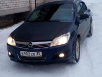 Opel Astra, 2012 г. в городе Череповец